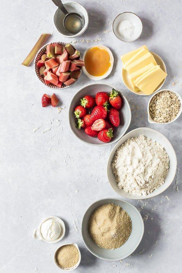 Strawberry rhubarb crumble bar ingredients